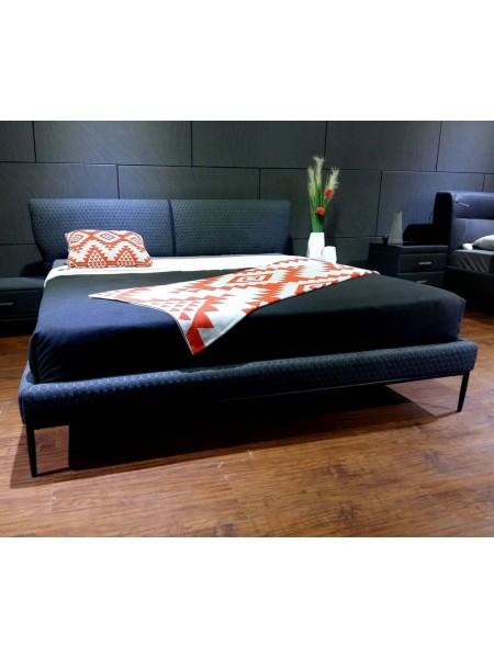 Кровать MK-6612-DGF двуспальная 160х200 см Серый/Черный
